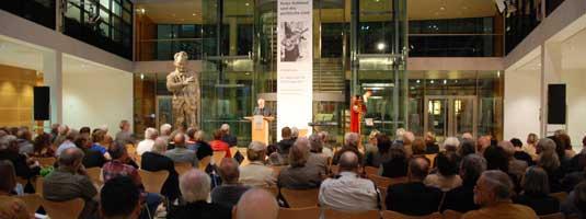 Prof. Dr. Holger Böning am 15. September 2011 bei der Eröffnung der PR-Ausstellung im Willy- Brandt-Haus in Berlin, (Foto: Christoph Michael)