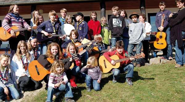 PR-Singeworkshop für Kids 2009. LInks: Annika Girman